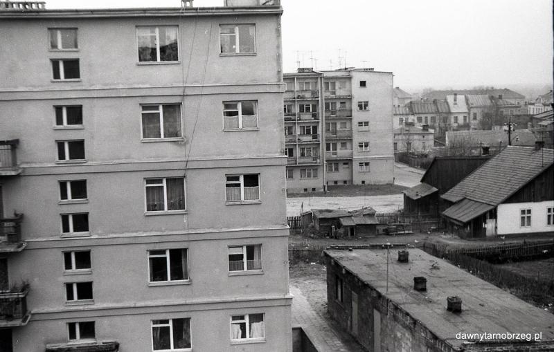 Tarnobrzeg, widok w stronę ul. Mickiewicza, lata siedemdziesiąte