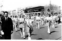 1973-Tarnobrzeg-pochód-1_majowy-