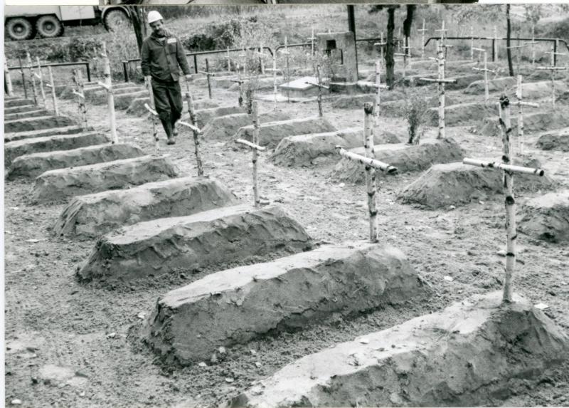 cmentarz-w-Machowie-jesień-1988