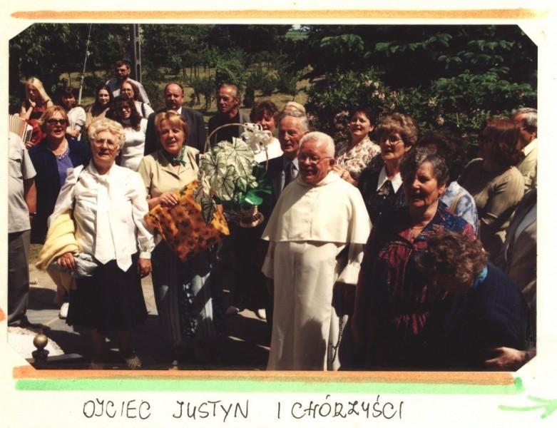 2003 kronika2_081